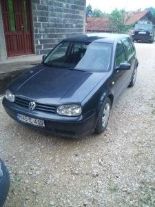 Prodajem Volkswagen Golf 4 Special