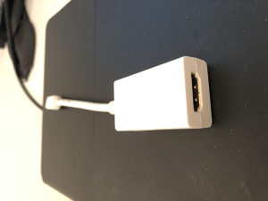 mini display adapter HDMI za MacBook