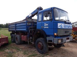 Kamion kiper iveco magirus 2630 sa kranom i kljestima