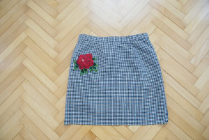 Ženska karirana suknjica