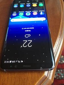 Samsung Galaxy s8 - staklo puklo