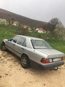 Mercedes 124 250D
