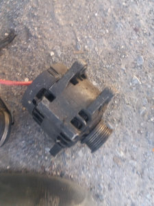 Alternator i Alnaser Alfa 156 benzin