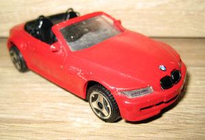 Burago metalni autić BMW - 1/43