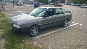 Audi 80 jaje benzin