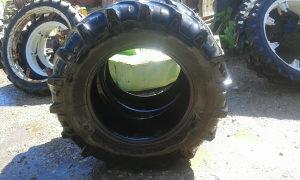 Traktorske gume i felge 9.5 R 44
