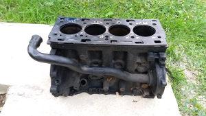 Blok motora renault laguna 2.2dci