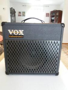 Pojacalo za gitaru VOX AD15VT-XL