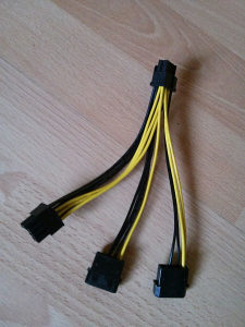 Napojni kabal za graficku 8 (6+2) pin na Molex i Sata