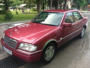 Mercedes C 180 benzin.reg.ide polica