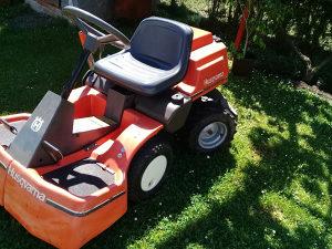 Traktor kosilica husqvarna 15,5ks
