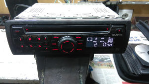 SONY AUTO RADIO CD/MP3/AUX