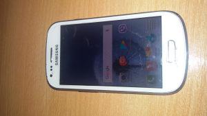 mobilni samsung s3 mini