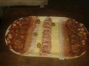 Usluge i prodaja rolovanog mesa