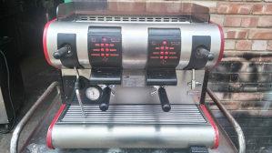 Kafe / Caffe aparat La San Marco 2 grupe mlin