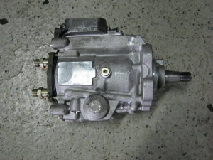 Bosch pumpa BMW e46 2.0 100kw