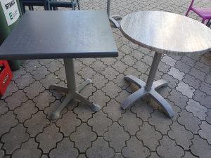 Prodajem 2 stola