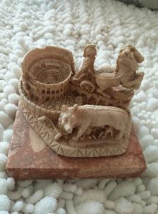 Rimska vučica, arena, rimski vojnik... maketa