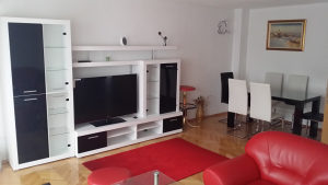 Četverosoban stan u centru - 100 m2