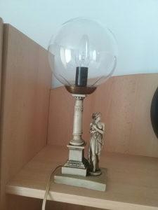 STARA STOLNA LAMPA HRASTNIK SJAJ