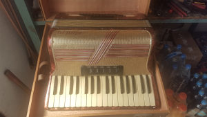 Harmonika Melodija