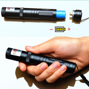 532nm Ultra Jaki Vojni Zeleni Laser Pokazivac (8000m)