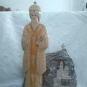 Skulptura Sv Vasilija ostroskog u drveti i manastir rez