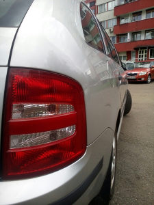 Škoda Fabia(REGISTROVANA,NOVI PLIN SA ATESTOM)