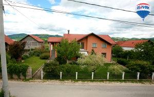 Prelijepa kuća u Vitezu - 1000 m2 - okućnica