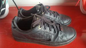 Kožne patike Nike br36