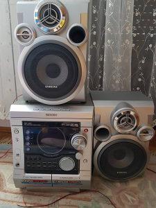 Muzicka linija SAMSUNG MAX-ZJ550