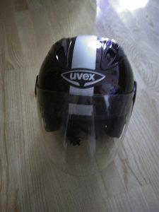 kacige uvex