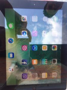 Apple Ipad 4 Wifi Cellular 32gb,sim free icloud free.