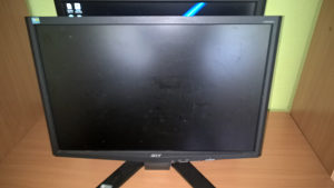 Acer X223W LCD monitor 22