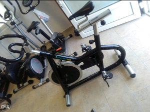 Sobno biciklo PROFI trpi teret do 170kg!