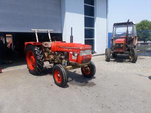 Traktor Zetor 4712