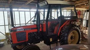 Kabina za traktor zetor