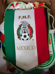 30 raznih original zastavica fudbal rukomet