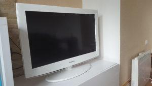 Samsung bijeli LED TV 32