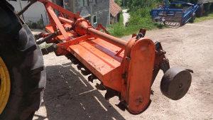 Freza za traktor HOWARD 3m