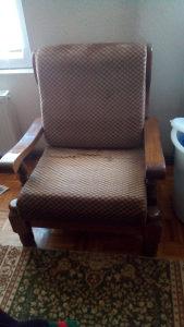 Prodajem fotelju