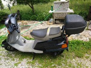 Skuter Yamaha 125ccm