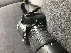 Nikon D7000 tijelo sa 18-105 VR Nikon objektivom