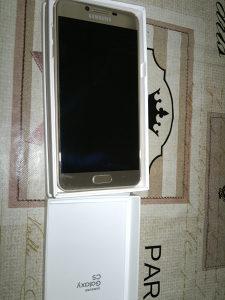 Samsung galaksi c5 64g kao nov sa garancijom
