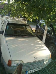 Opel Kadet, benzin