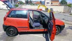 Fiat Punto 1 1,1 benzin