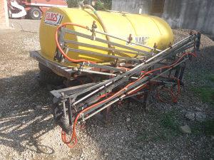 Prskalica traktorska
