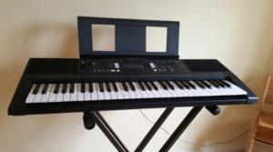 Klavijatura/Sintisajzer Yamaha PSR- E343 + stalak
