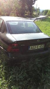 Opel Vectra dizel udarena