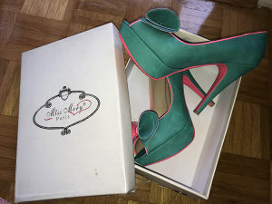 Cipele štikle kožne u orginalnom pakiranju